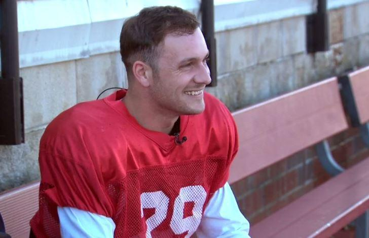 Never too late for a dream: Veterans celebrate life on the football field